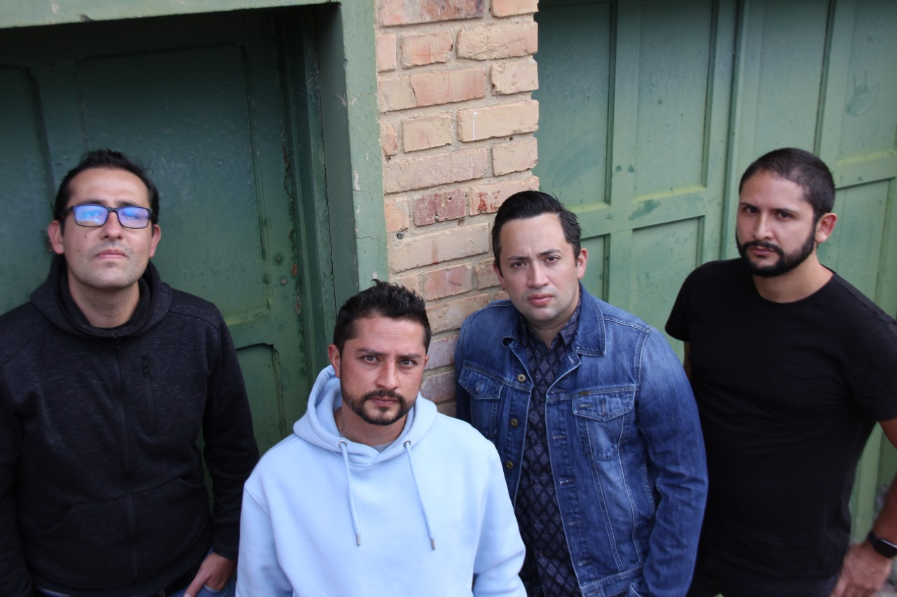 Cuatro x Cuatro - Pop punk de Colombia
