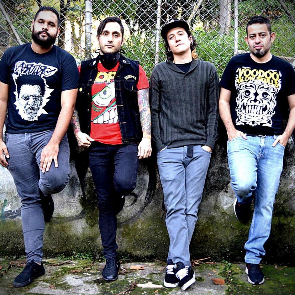 Grupo de punk - Audiodisturbio desde Medellin, Colombia