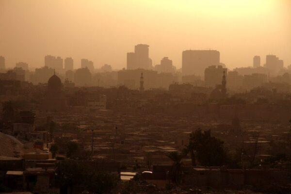 ATARDECIENDO EN EL CAIRO