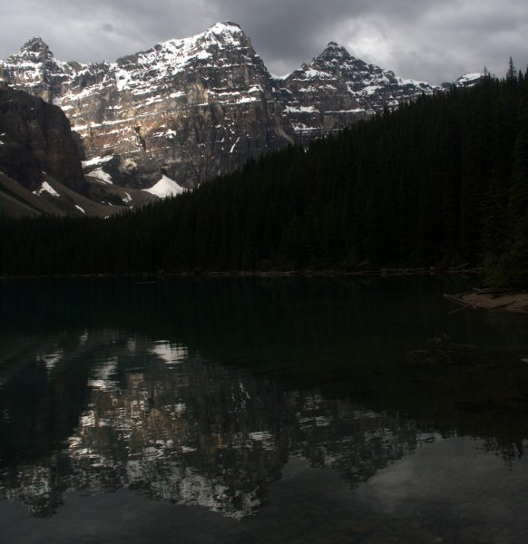 LAKE MORAINE. P.N. LAKE LOUISE. CANADÁ.