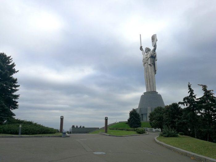 ESTATUA DE LA MADRE PATRIA, KIEV