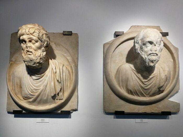 PYTÁGORAS Y SÓCRATES EN EL MUSEO DE AFRODISIAS