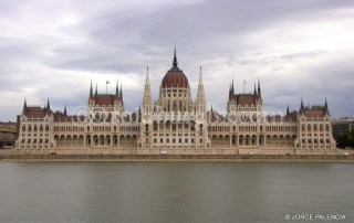 PARLAMENTO HÚNGARO EN BUDAPEST