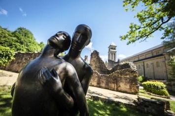 e Gaume - Abbaye Orval Standbeeld