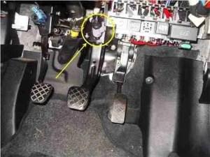 P0719 – Torque converterbrake switch B circuit low
