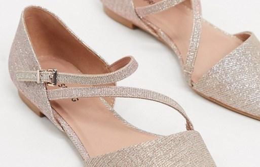 Lichtroze ballerina's Call It Spring