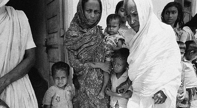 Doğu Pakistan'dan (Şu anki adıyla Bangladeş) Hindistan'a kaçan kadın sığınmacılar (1971) Fotoğraf: AP