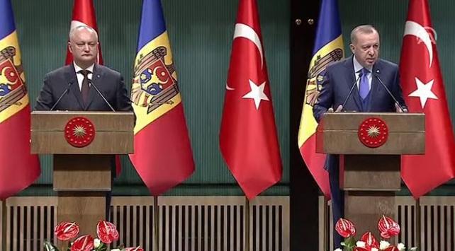 Cumhurbaşkanı Erdoğan: Moldovadaki FETÖ okullarının Türkiye Maarif Vakfına devredilmesini bekliyoruz