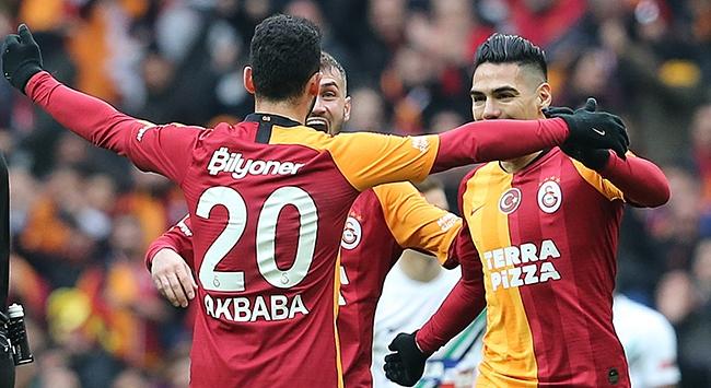 Galatasaray Denizlisporu 2 golle geçti