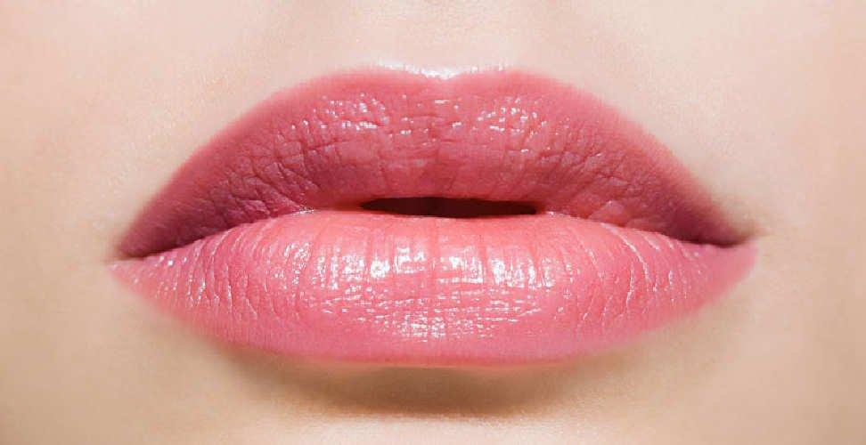 trucco permanente contorno labbra