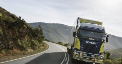 Scania R 440 4x2 with trailer. Franschhoek, South Africa Photo: Dan Boman 2014
