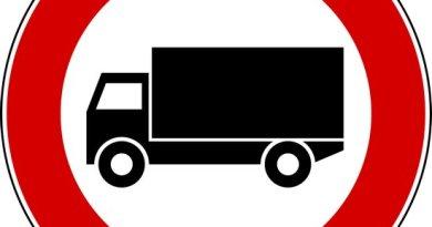 cartello_divieto_accesso_camion