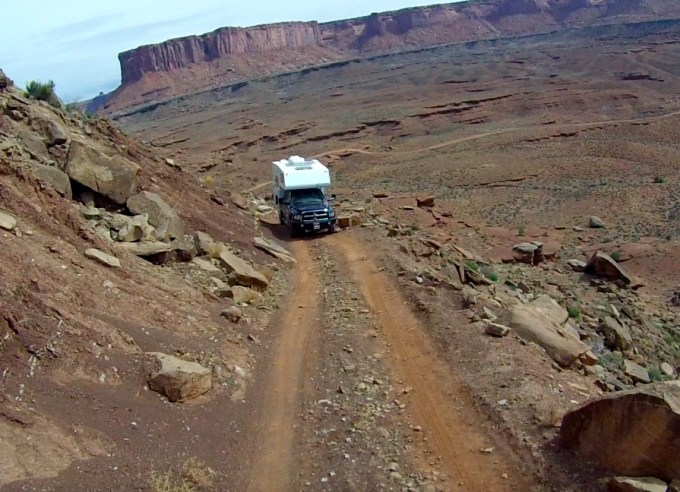 Canyonlands White Rim Trail - Murphy Hogsback - Truck Camper Adventure