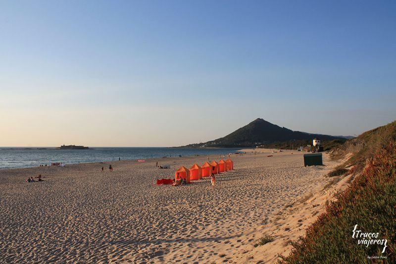 Praia de Moledo Dunes and Monte Tecla