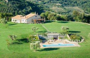 villa rentals umbria - villa for rent umbria - holiday villa italy - Why to visit Umbria Italy