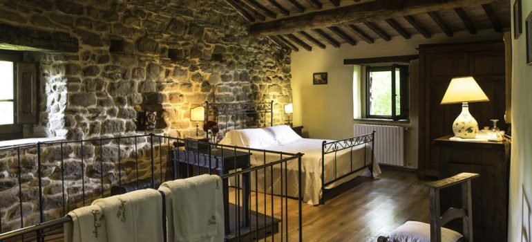 castle for rent in italy - Bedroom
