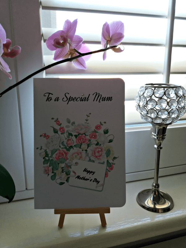 Download free printable DIY cards which are ideal for Mother's Day. It's available in three different sizes with a watercolor design bouquet Click to read more and download your card at www.trueblissdesigns.com.