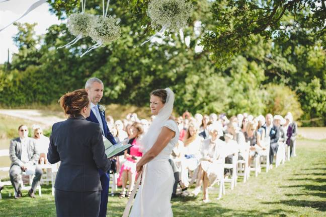 Rik Pennington wedding photography celebrant katie keen true blue ceremonies independent celebrant humanist woodland wedding blessing kent sussex surrey london garden marquee tipi housemeadow