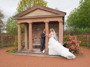 Some romantic shots in the gardens