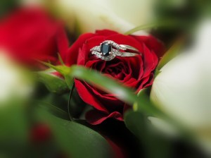 Another of our classsic ring shots - our signature shot with the flowers