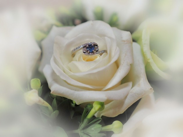 Our signature flower and ring shot