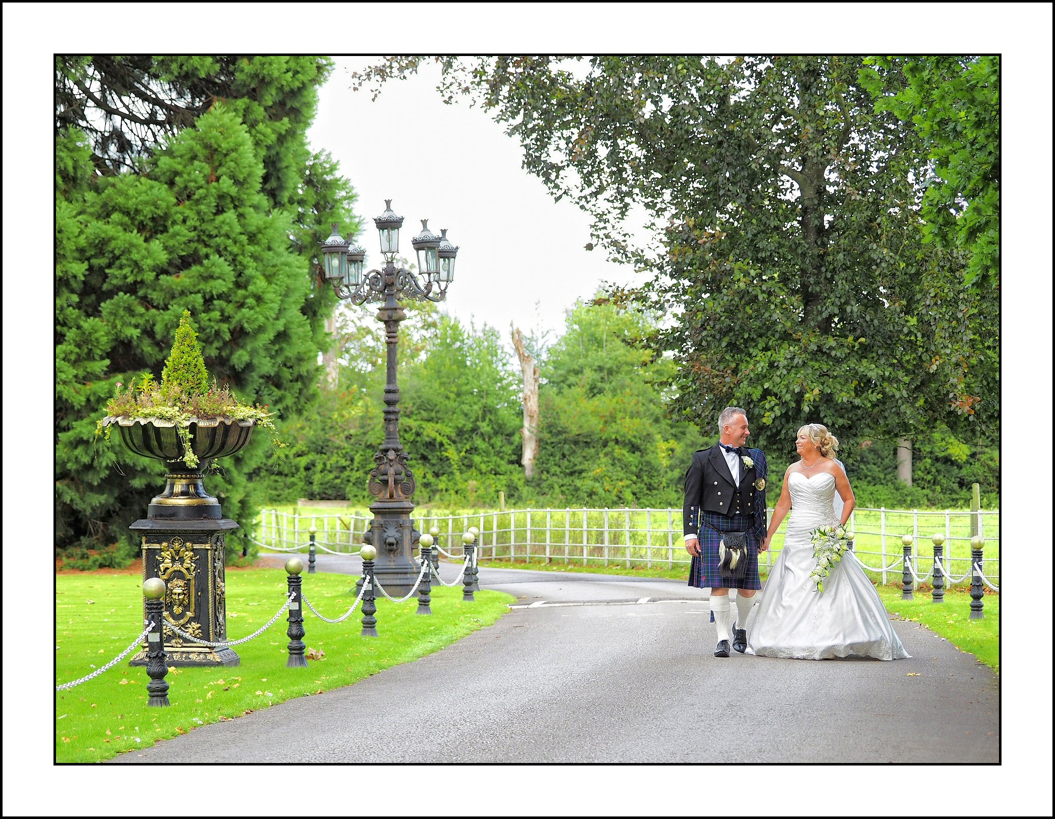 recommended wedding photographer for llyndir hall