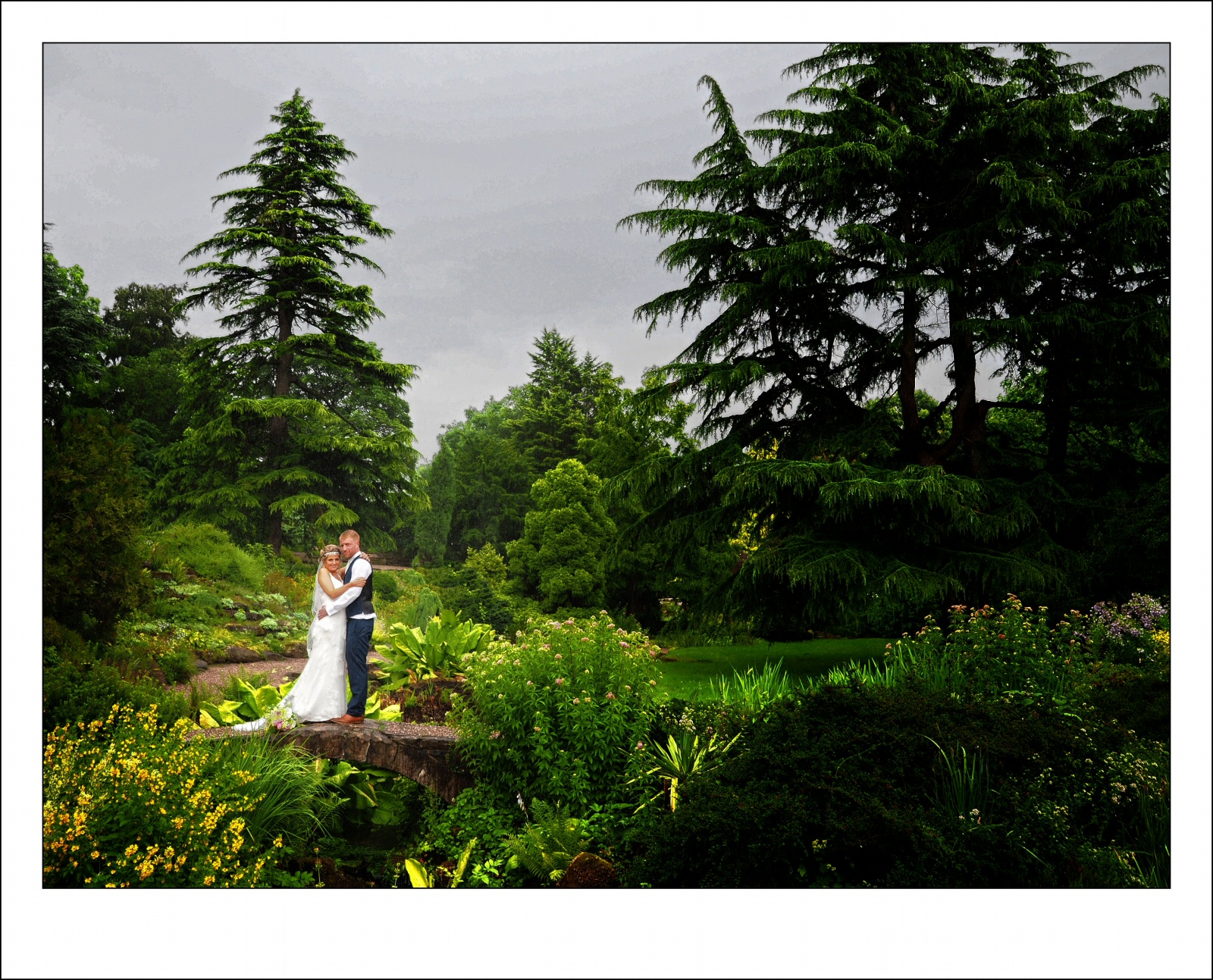Ness Gardens on the wirral wedding photographer