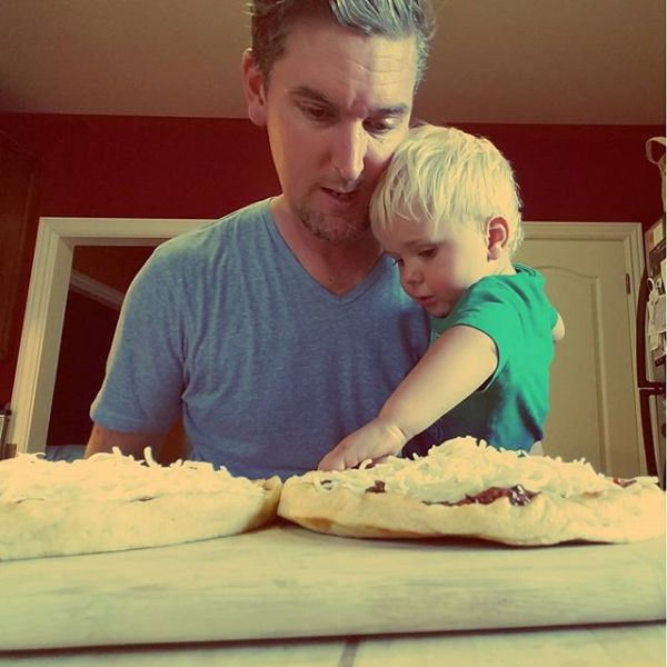 Making #pizza with dad.