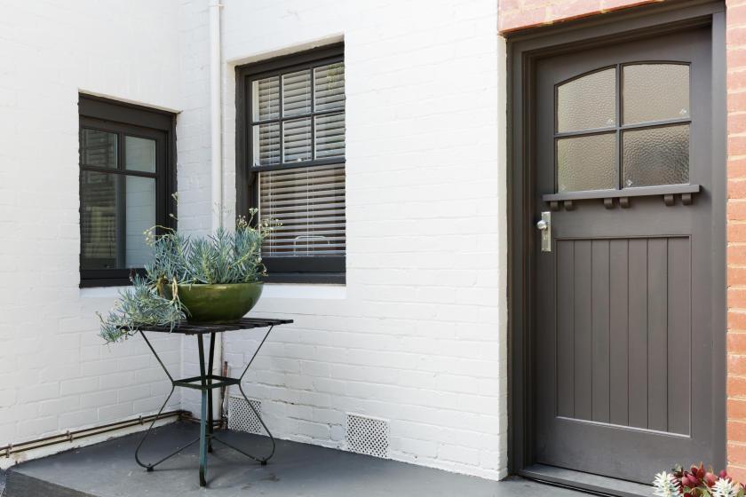 how to paint brick interior exterior