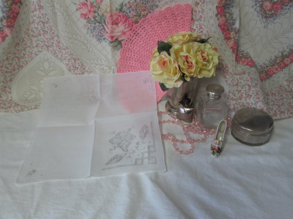 Beautiful Floral embroidered and cut work hankie handkerchief gray trim