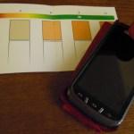 le smartphone pour compléter les tests d'analyse d'oxygène dissous dans l'eau