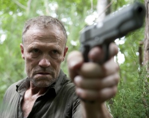 Michael-Rooker-in-THE-WALKING-DEAD-mini