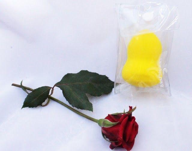 Esponja de maquillaje amarilla de fapex