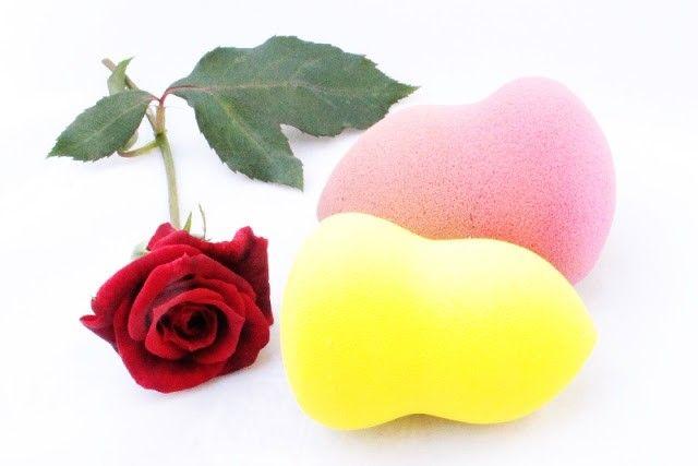esponjas de maquillaje rosa y amarilla