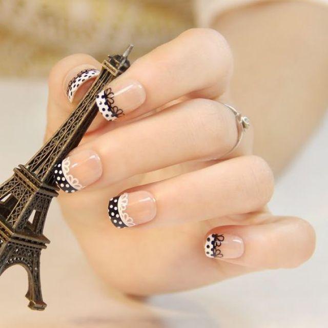 Uñas manicura francesa