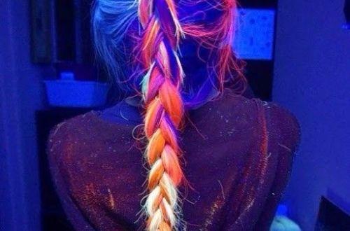 cabello que brilla en la oscuridad