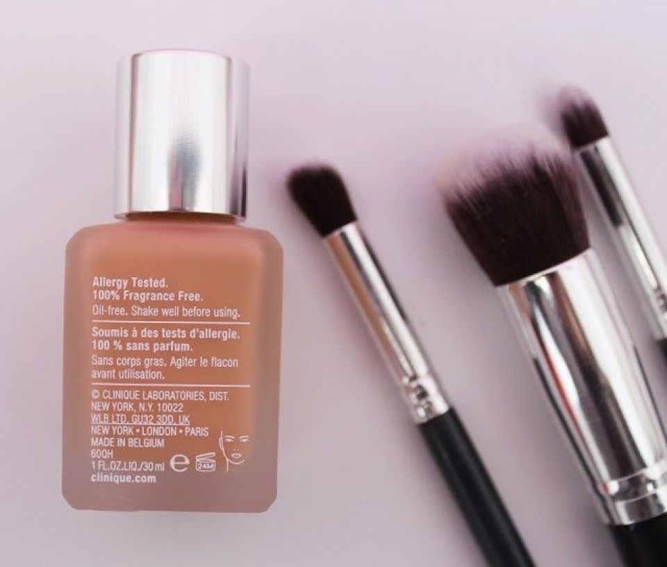 base de maquillaje Clinique superbalanced makeup