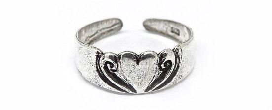 anillo pie corazón