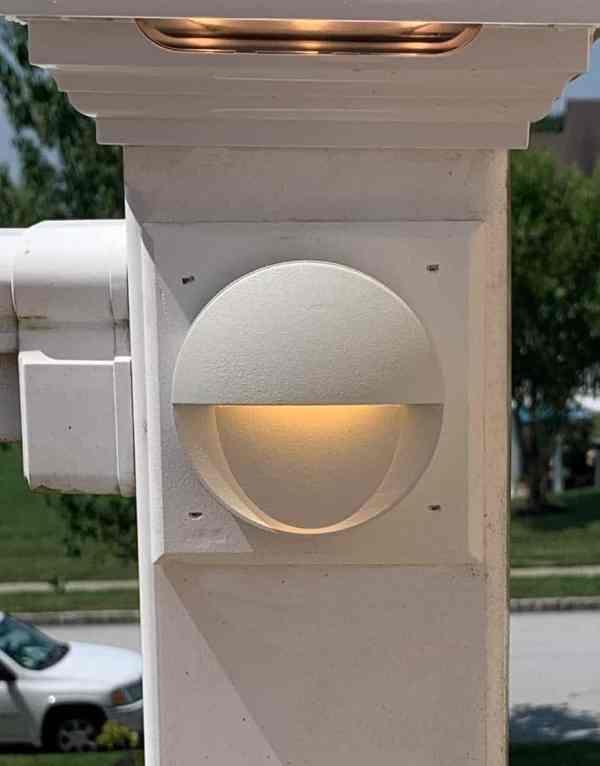 Tru-Scapes Puck Light