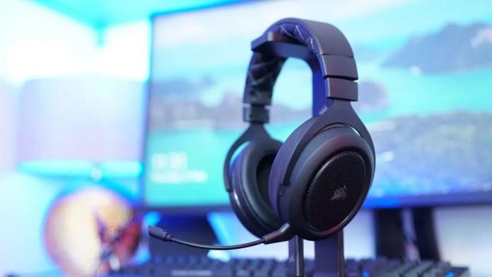 Best Gaming Headset - corsair hs70