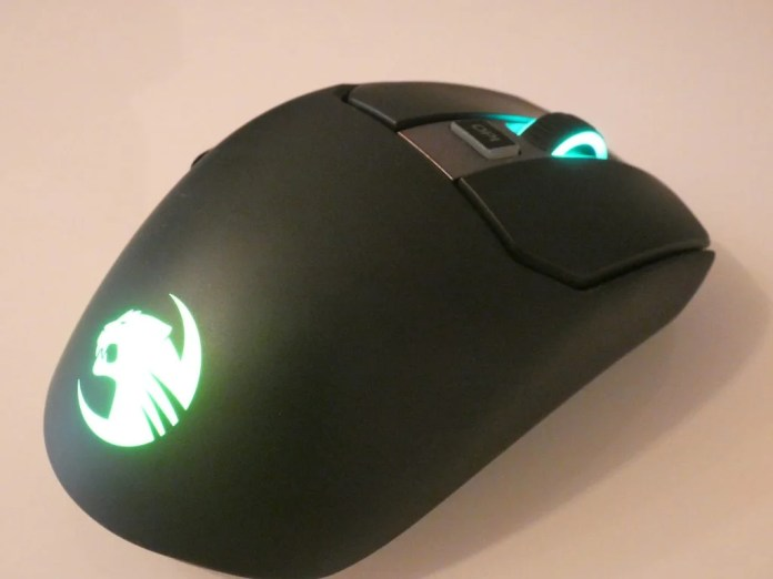 Roccat Kain 200 AIMO - best gaming mouse