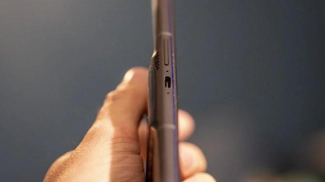 Lenovo Legion Phone Duel 2 side mounted port