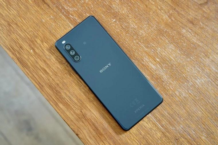 Sony Xperia 1 III Back-angle-1