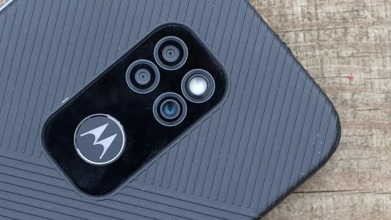 The camera housing of the Moto ~Defy
