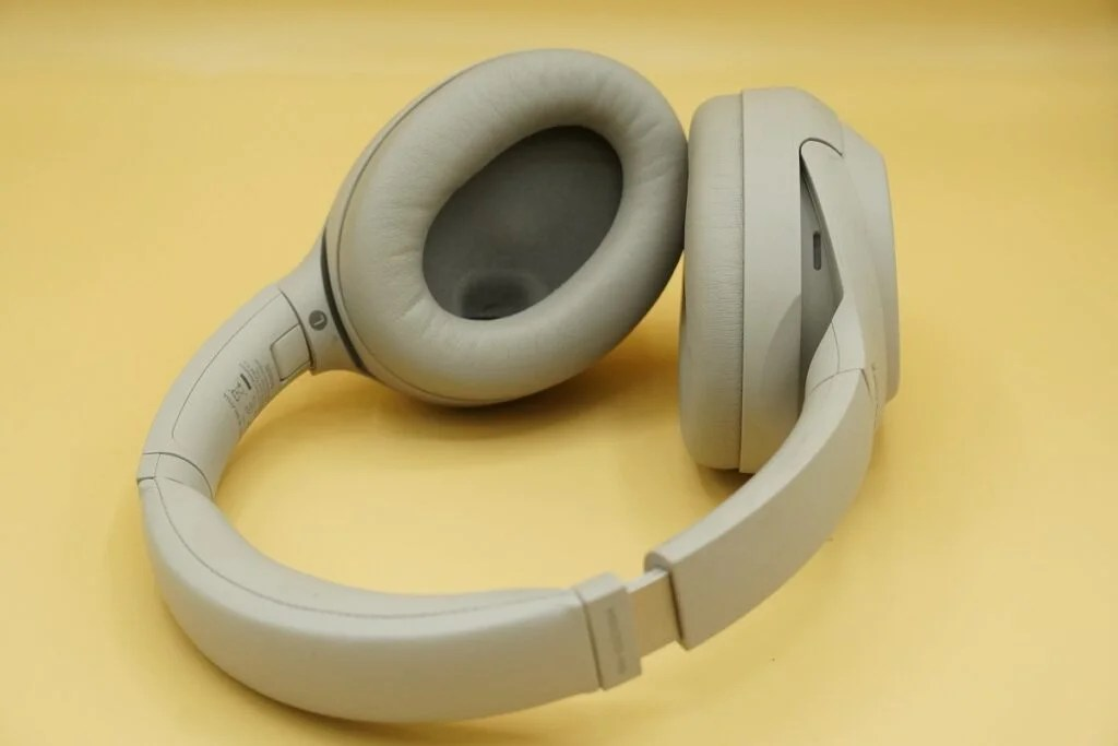 Sony WH-1000XM4 earpads