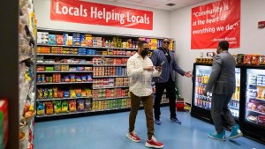 Master P, Romeo And Rouses Create Convenient Grocery Store For Disabled Seniors At Guste Homes