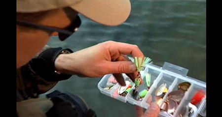 Como utilizar colheres Vibrax videos caixa pesca