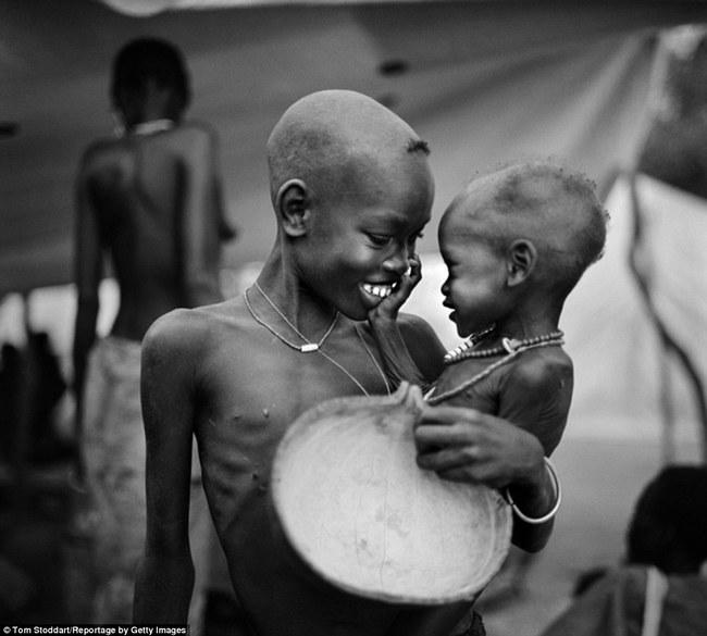 Siblings Sudan 1998
