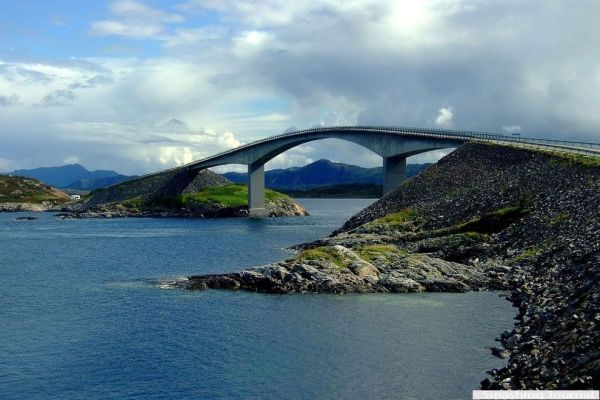Storsesundetsky Bridge, Norway