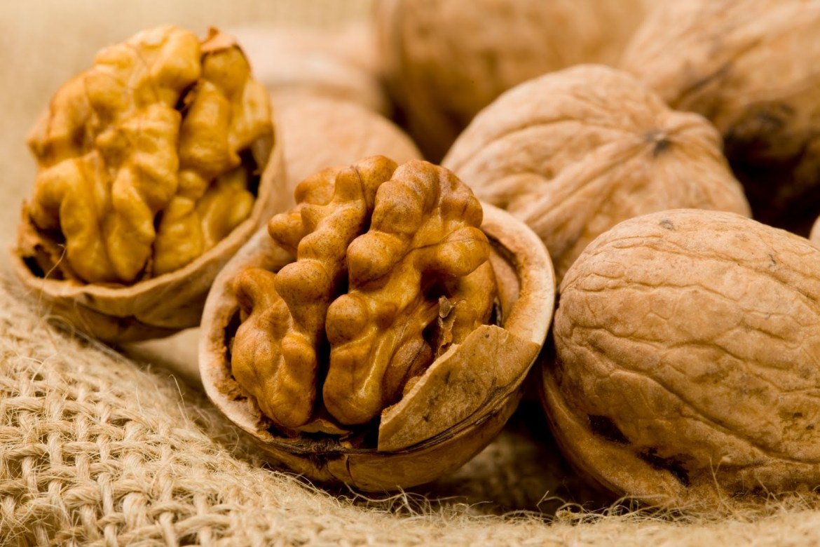 Walnuts-Nuts-the antiaging food